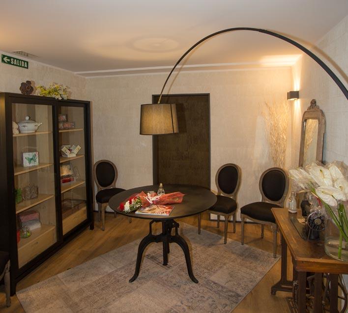 interior-fondo-floristeria-curcuma-estella